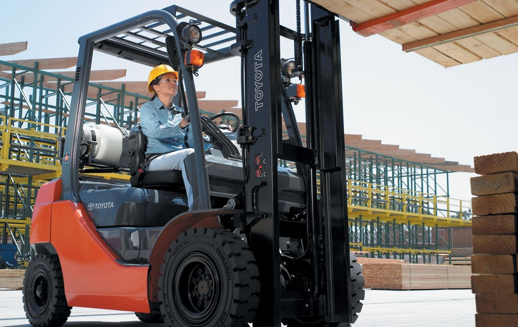 Compare Various used Forklifts Before Buying